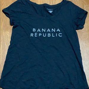 Banana republic graphic tee